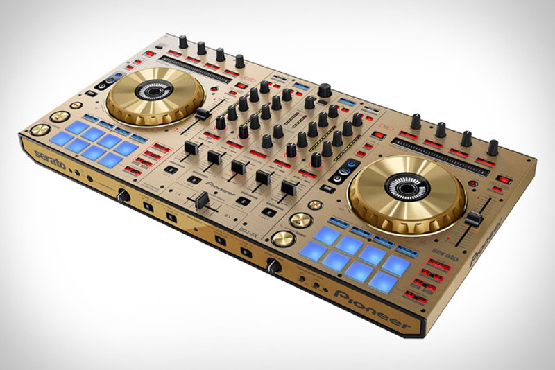 Люксовый DJ-контроллер Pioneer DDJ-SX Gold Edition