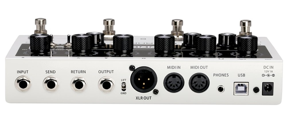 MOOER Preamp Live compact preamp